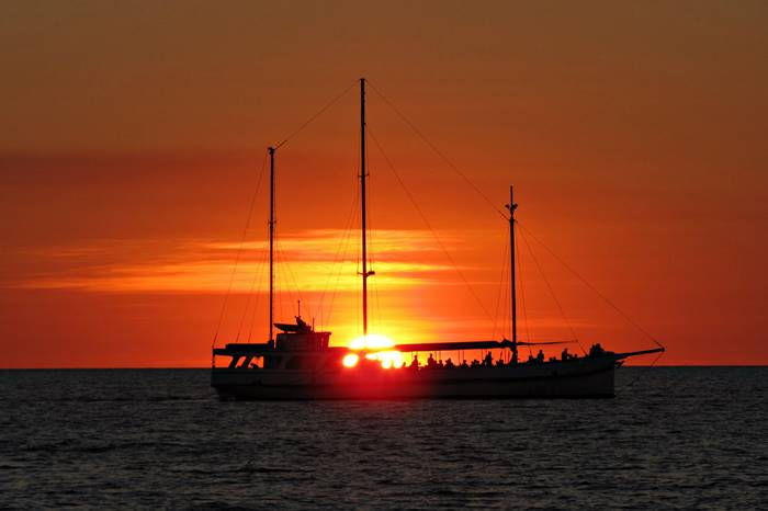 Best Attractions in Darwin - sunset cruise