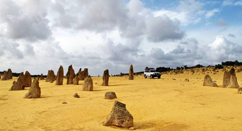 The Pinnacles – amazing limestone formations