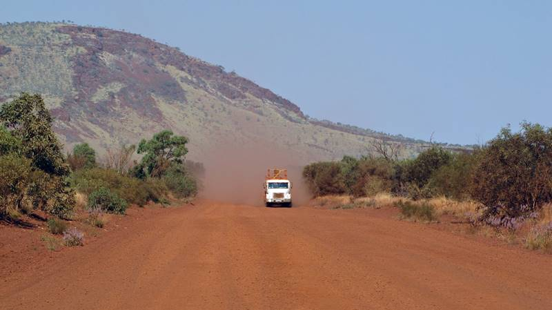 We had to take a few dirt roads when leaving Karijini National Park
