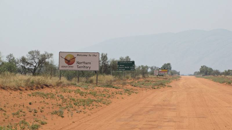 Great Central Road - Crossing NT border