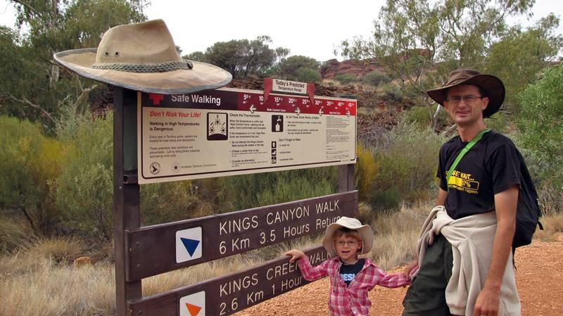 Start of Kings Canyon Walk