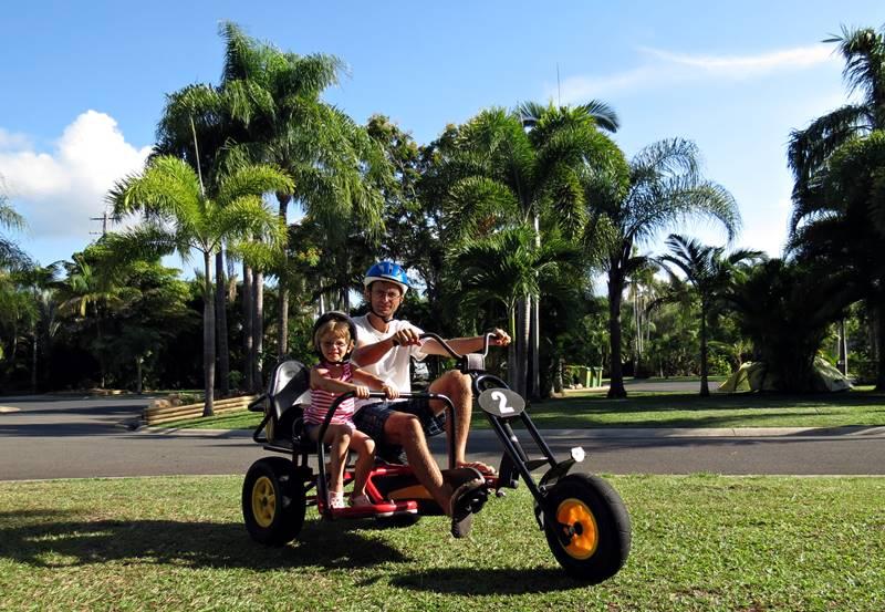 Cairns Coconut Resort - bike riding