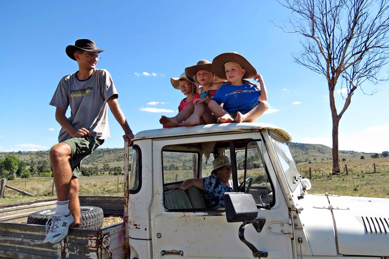 Marius, Nell and kids on the ute