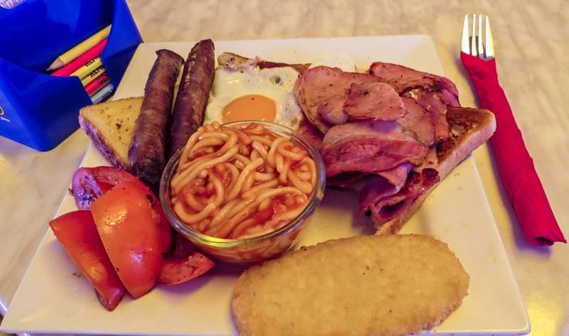 Breakfast at Heartbreak Hotel